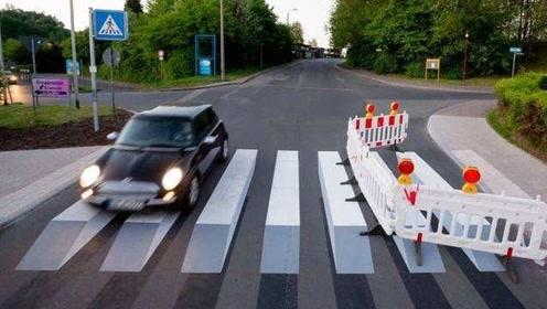 """""""悬浮""""3D斑马线现身泰国街头!路人:效果太逼真"""
