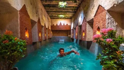 """农村小伙挖出一座""""地下泳池"""",躺进水里游泳的一瞬间,太爽了!"""