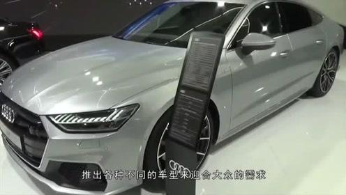 新款奥迪A7到货,坐到后排时,车友才知道什么是买对了!