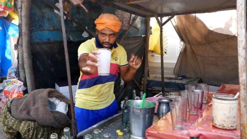印度街头鸡蛋加酒的小吃,小哥花样秀厨技,只有印度人敢这么吃了