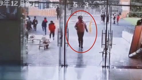 地震中最美身影!女教师逆行冲回教室疏散小朋友
