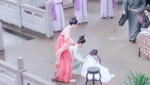 王爷故意和心机女秀恩爱,想要王妃吃醋,不料王妃被气吐血啦