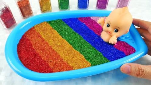 牛人史莱姆DIY浴池,还要给撒上亮闪闪的粉,一看就知道手感很好