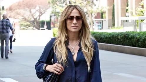 Jennifer Lopez和碧昂丝谁更时尚?