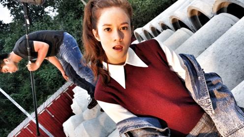 24岁出道首部作品就演女主角 错过《战狼2》倍感悔恨!
