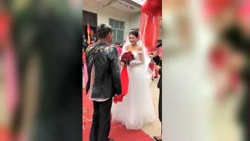 表弟娶个媳妇弄成这样,真是刷新了我的认知