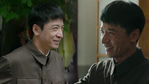 他是蓝盈莹的老师 人帅戏好却不红 如今在大江大河中演他