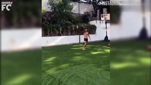 脚上功夫了得投篮也不错,看梅西博格巴格列兹曼玩转篮球