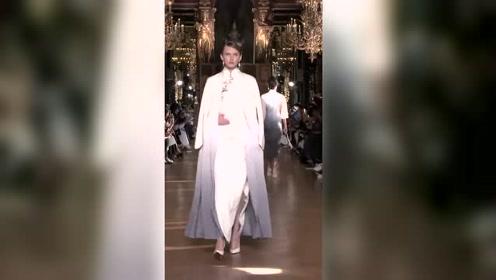 盖娅传说17SS巴黎时装周完美地将中国元素与国际时尚相结合