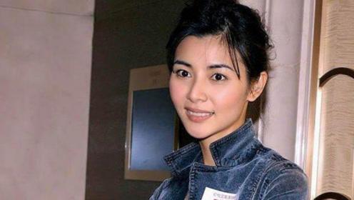 她17岁出道,40岁征服浪子郑伊健,今45岁美得似少女