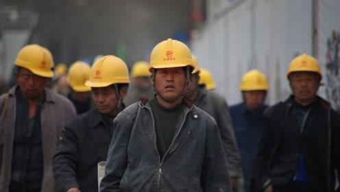 """""""基建狂魔""""再显神通,长江上打造世界之最,美:中国基建太疯狂"""