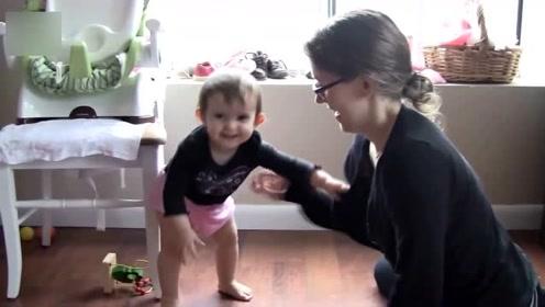 宝宝第一次学走路,很小心的迈出了一小步,却是他人生的一大步