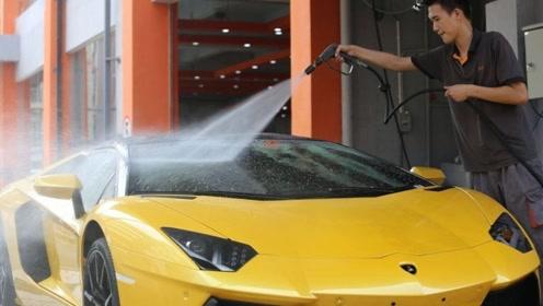 """700万的兰博基尼去洗车,车漆直接""""变异"""",洗车工吓坏了"""