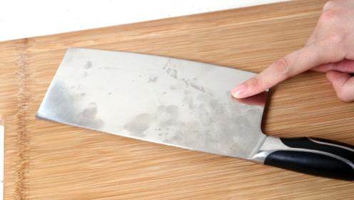 菜刀新买来要小心,不要立马使用,这样做才够锋利,不然越用越钝