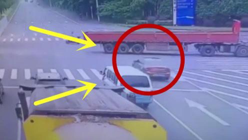 轿车飙车过路口,直接冲进大货车车底,轿车瞬间被解体!