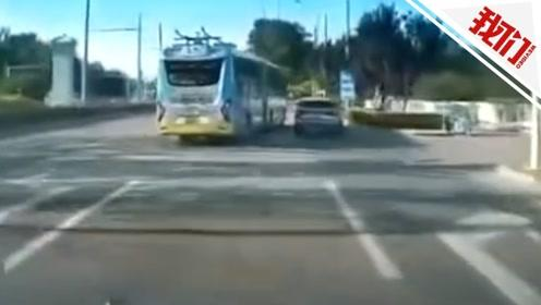 """北京一公交车和宝马车斗气上演""""神龙摆尾"""" 两司机均被刑拘"""
