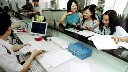 日籍华人掀起回国热潮, 被海关拒国门之外, 想回就回吗?