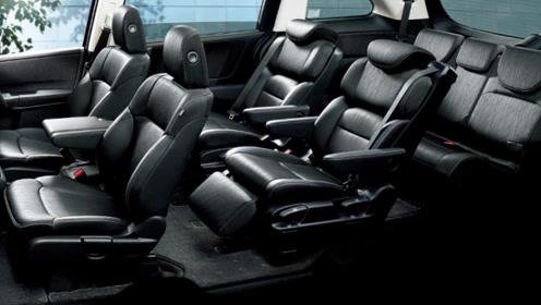 2019款丰田海狮已到店,颜值和实力大增,新款车型能坐17人