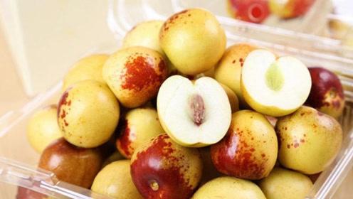秋季吃枣预防感冒,维生素C含量丰富,与牛肉同吃促进补血