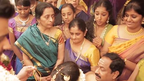 印度贫民窟温饱都难解决,为何还能经常穿金戴银,浑身金光闪闪?