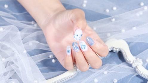 蓝白小清新 手绘小花