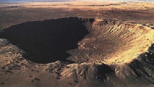 为什么陨石砸中地球后会消失不见,只留下个大坑?总算知道了