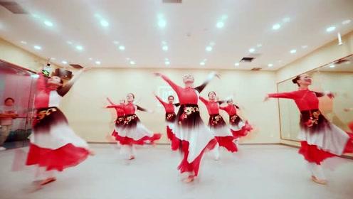 穿红纱舞一曲《醉太平》,与少女沉迷于凡尘间