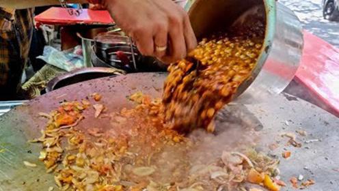 印度最便宜小吃,看完这制作过程,试吃一口会是什么感受?