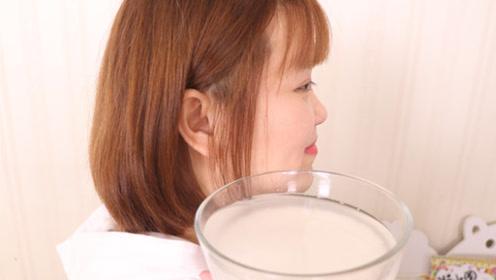 常用淘米水洗脸的要留意,马上看看这视频,后悔知道晚了