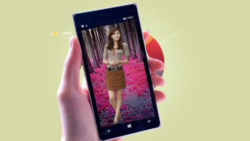 手机里也可以养个女友,点她就能聊天互动,很有趣