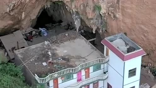 贵州大山,悬崖峭壁下发现一户人家,过着车路不通的生活!