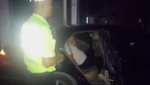 不划算!不满超速被扣3分罚100元,小伙朋友圈骂交警被拘10日