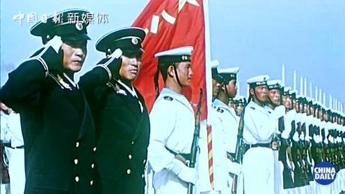 高燃!历年阅兵混剪 见证新中国70年来的一路荣光!