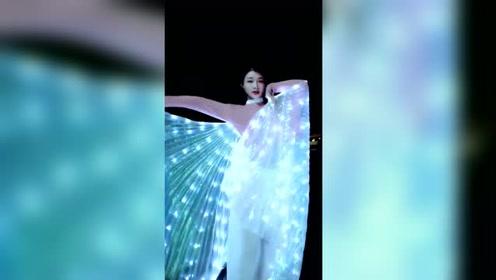 优雅与唯美的完美展现,网友:这才是实力舞者!