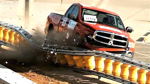 """韩国发明""""高速护栏神器"""",大大降低车祸死亡率!"""