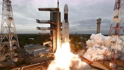 """印度""""登月大梦""""破碎,仅剩最后2公里,科学家:其实差距还很大"""