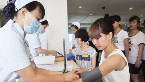 日本女兵入伍体检,最后一项太尴尬,许多人表示接受不了!