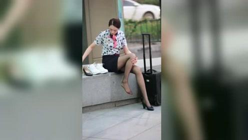 杭州街头遇到的姑娘,这气质绝了!月薪多少才能追到这样的小姐姐?