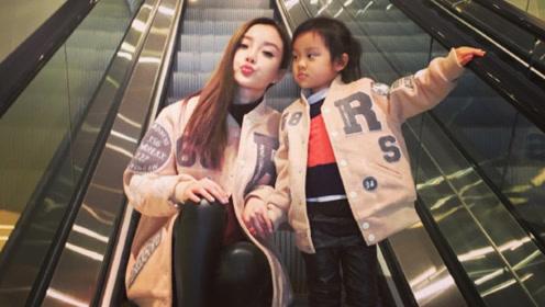 李小璐带甜馨外出游玩,教育方式被赞,好妈妈形象正在被网友接受
