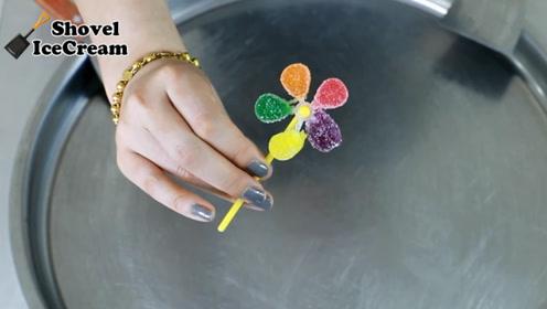 炒冰淇淋:好吃又好玩的风车糖来了!一种颜色代表一种心情