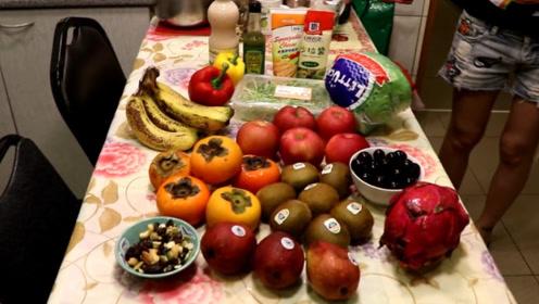 澳洲女子28年没吃肉,全靠水果充饥,如今还养活了两个孩子!