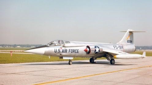 """战斗机装几发动机合适?这一战机被称作""""飞行棺材"""",装备了15台"""