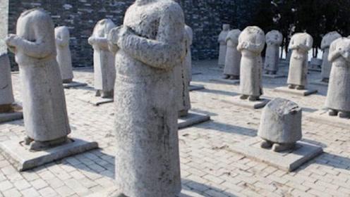 武则天陵墓前,为何站着61座无头石像?专家不解,两农民揭开谜团