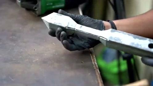 小伙开口要5000工资,看完他的焊接技术,老板又涨了2000!