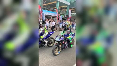 王一傅赢得亚洲公路摩托车锦标赛组别冠军!酷盖!不愧是你