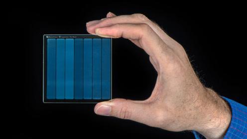 微软玻璃硬盘再获新进展!预计可存储千年数据,会淘汰掉U盘吗?