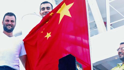 一个承诺 十年行动 中国海军的航迹编织一片宁静之海