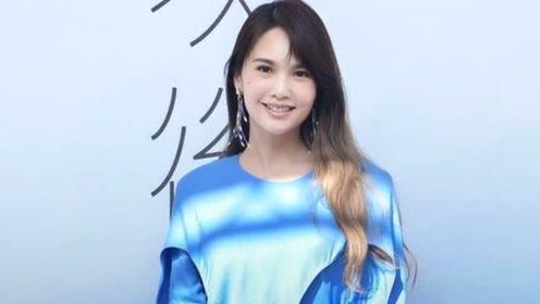 李荣浩骗老婆在工作下秒霸气献惊喜 杨丞琳大哭:他从没让我失望