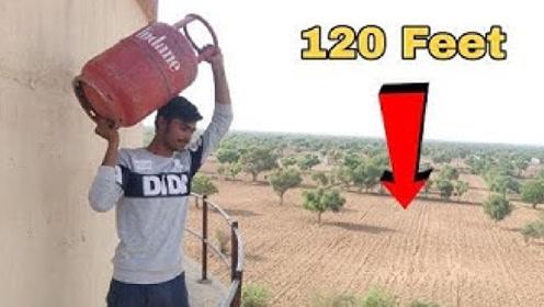小伙作死测试,将煤气罐从36米高空扔下会爆炸吗?结果大开眼界