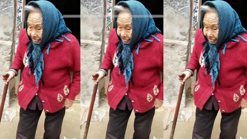 """能穿针能打牌…商丘107岁网红""""糖果妈妈""""可爱日常曝光!"""